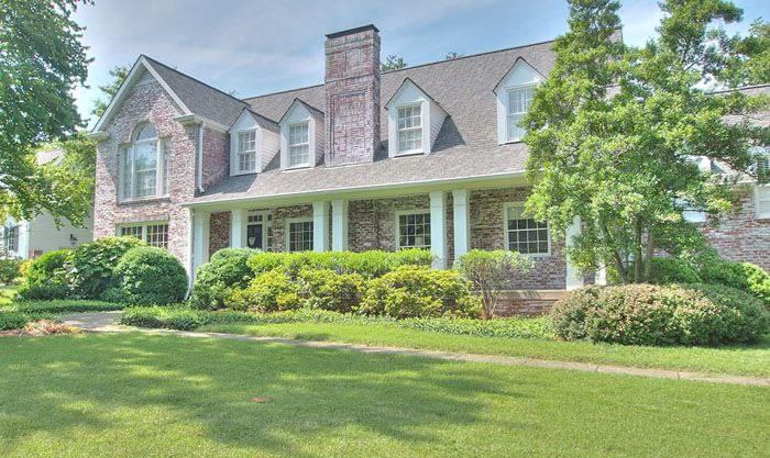 Certain Teed Georgetown Gray Grand Manor Nashville